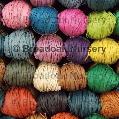 Nutscene Raffia in 19 Great Colours for Crafts, Gifts, Scrapbooking